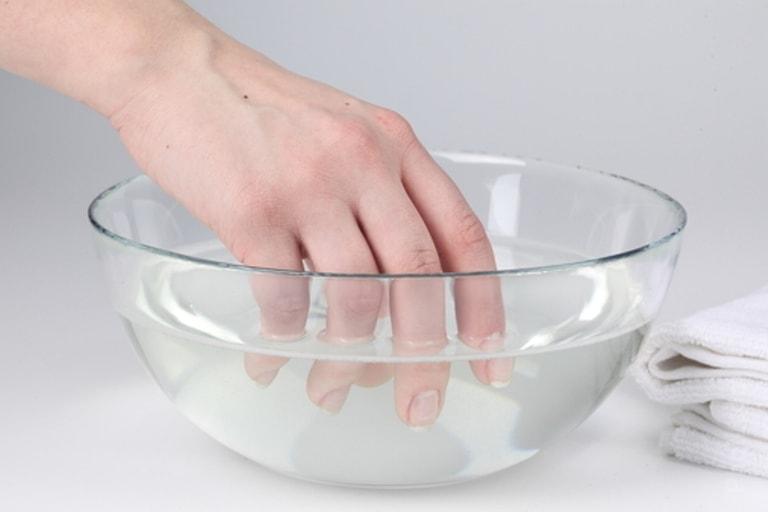 Ванночка для рук с нашатырем