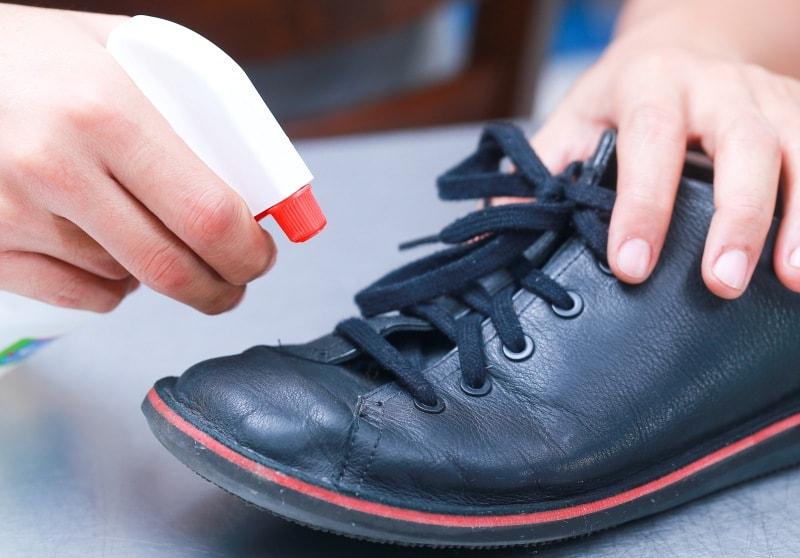 Как обработать обувь