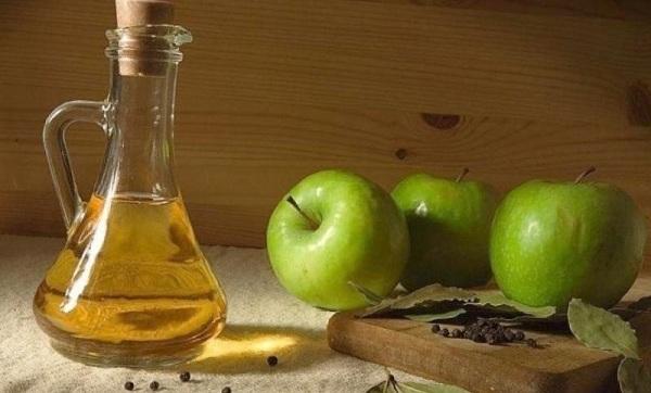 Яблочный уксус от грибка ногтей на ногах: народные рецепты, отзывы о лечении